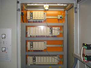 Control cabinet before retrofit